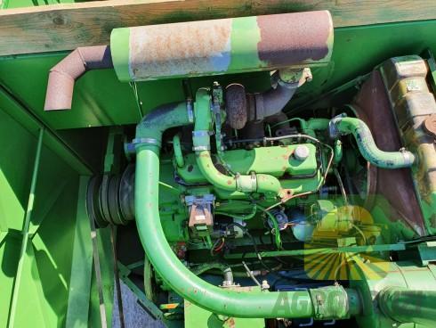 John Deere 945 Комбайн зернозбиральний
